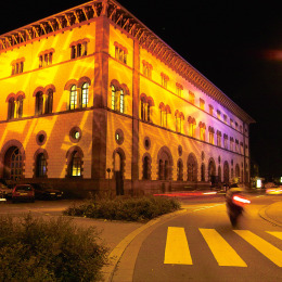 Night shot of the Fruchthalle