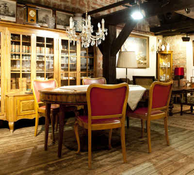 Workroom at Wadgasserhof with historcial furniture